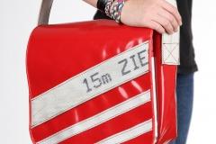 Handtasche-rot-weiss