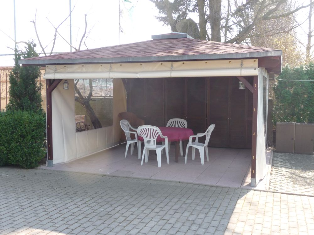 planen und verkleidungen f r terrassen von planen und zeltebau. Black Bedroom Furniture Sets. Home Design Ideas